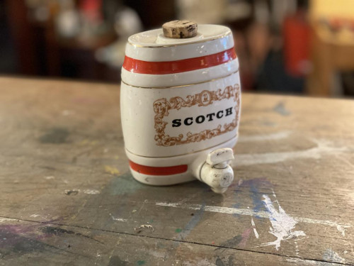 Mini Scotch Keg Flask Royal Victoria Wade