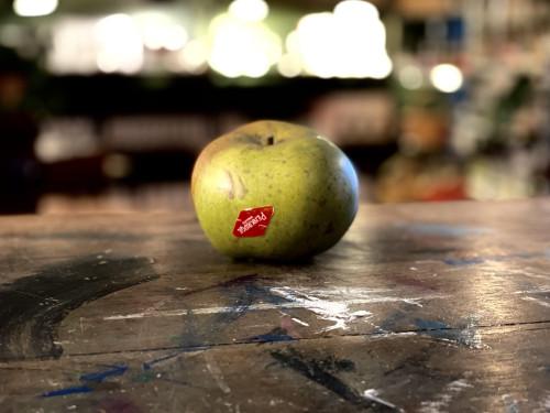 Penkridge Collectable Ceramic Green Apple