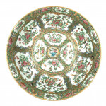 LARGE CHINESE CANTON FAMILLE ROSE BOWL, 19TH CENTURY