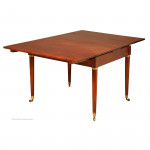 Small Universal Table