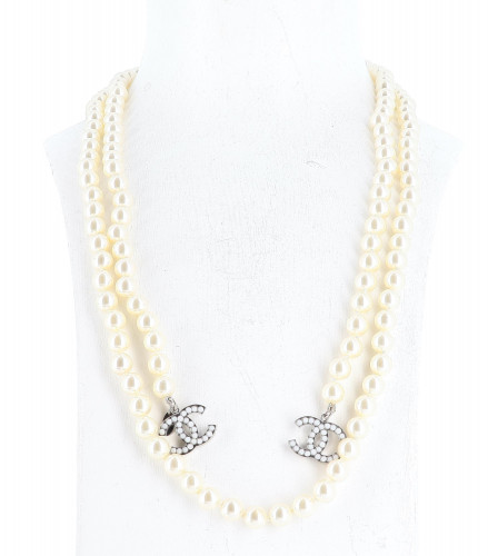 Chanel 2010 Perles Necklace