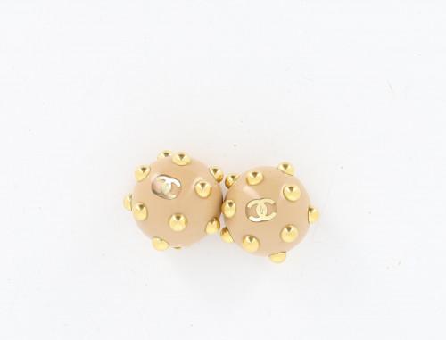 Chanel 2000 Dome earrings