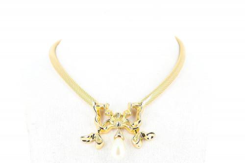 Christian Dior Golden ruban necklace