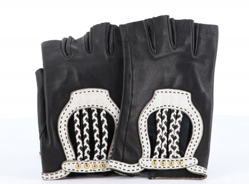 Hermes Lilac Leather Gloves