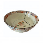 18th centiry Chinese porcelain bowl repaired in the Kintsugi style, circa 1780
