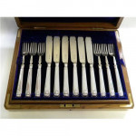 ANTIQUE SILVER FISH CUTLERY SET (Knives & Forks) SHEFFIELD 1911