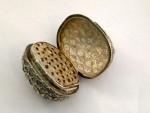 ANTIQUE VICTORIAN WALNUT SHAPED NUTMEG GRATER 1860