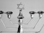 VINTAGE SOLID SILVER MENORAH / HANUKIAH BIRMINGHAM 1970 JUDAICA