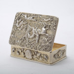 George III silver gilt snuff box with hunting scene