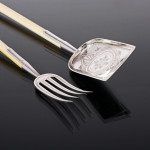 Ivory & silver-plated salad or fruit servers
