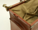 Gladstone Bag, Antique