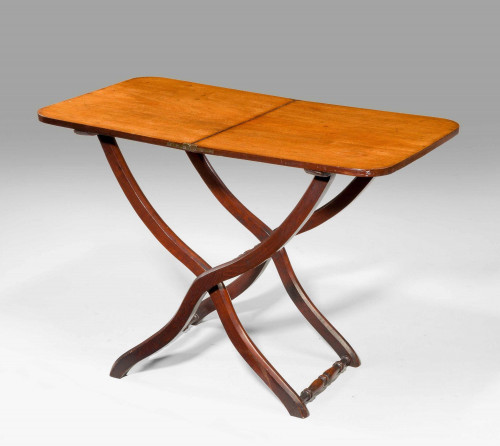 A George lll Mahogany Coaching Table