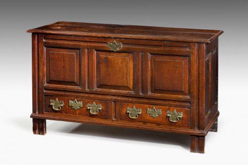 Late 18th Century Oak Chest