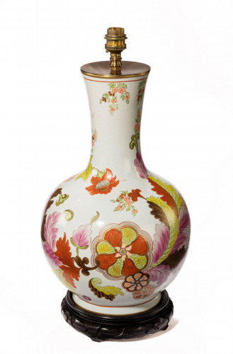 Mid 20th century French porcelain vase lamp with an oriental design