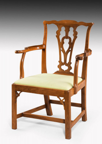 Chippendale Period Yew Tree Elbow Chair with a Gothic Pierced Splat
