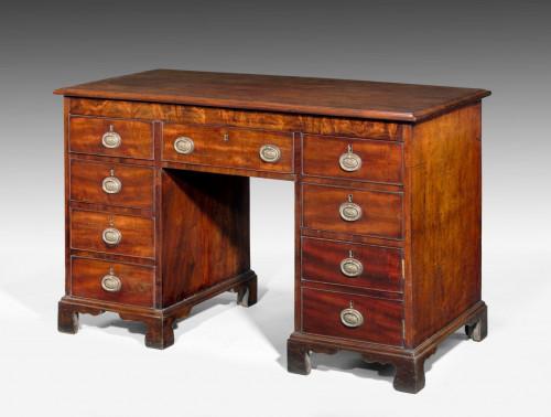 Regency Period Mahogany Kneehole Desk