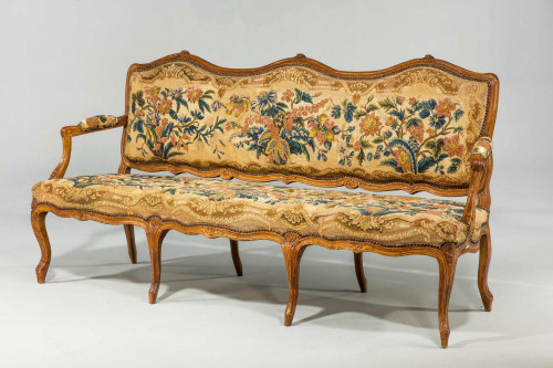 Louis XV Beech Framed Sofa