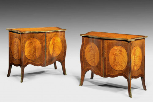 A Fine Quality Pair of George III style Satinwood Commodes