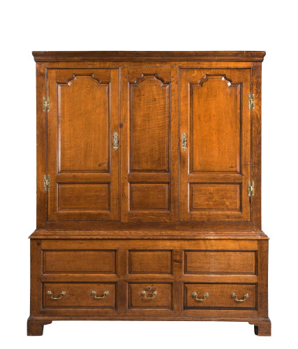 Mid 18th Century Oak Cupboard with Fielded Panels to the Doors