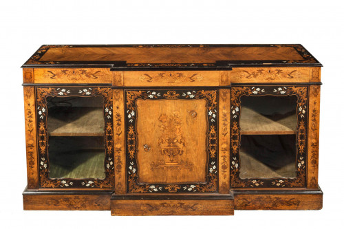 Mid 19th Century Kingwood Breakfront Side Cabinet with Beautiful Marquetry Decoration