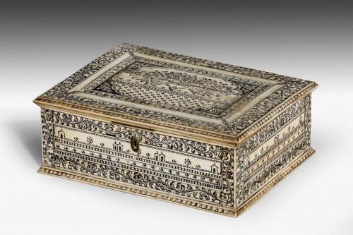 An Early 19th Century Vizagapatam Bone Box.