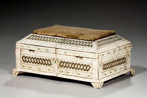19th Century Russian Casket, Carved and Decorated in Archangel