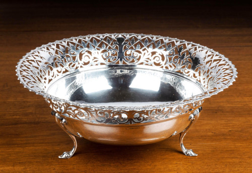 An Early 20th Century Flared and Cast Silver Bowl