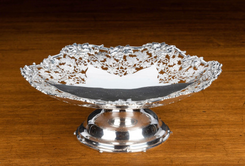 A Beautifully Pierced and Cast Early 20th Century Silver Tazza