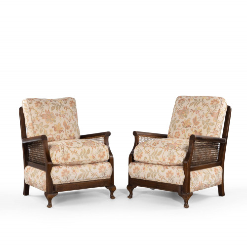 An Attractive Late 20th Century Pair of Mahogany and  Canework Chairs