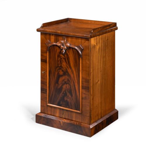 A Good Mid 19th Century Pot Cupboard