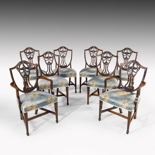 An Elegant Set of 8 (6+2) Early 20th Century Classical Hepplewhite Chairs