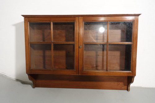 A Good Early 20th Century Glazed Hanging Cabinet