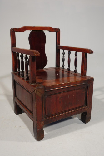 An Early 20th Century  Southern Chinese Childs Potty Chair in Elm