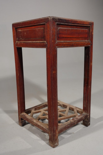 A Late 19th Century Elm End or Lamp Table