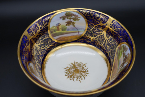 An Early 19th Century Beautifully Gilded Sugar Bowl