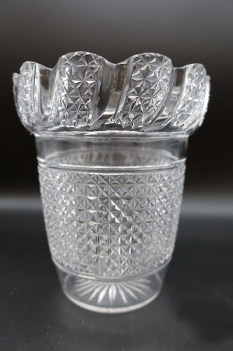 An Unusual Early 20th Century Shaped Celery Vase