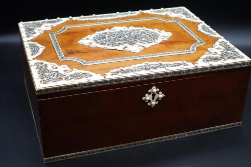 A Fine Late 19th Century Vizagapatam Box