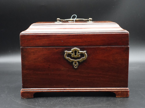 An Attractive Chippendale Period Tea Caddy