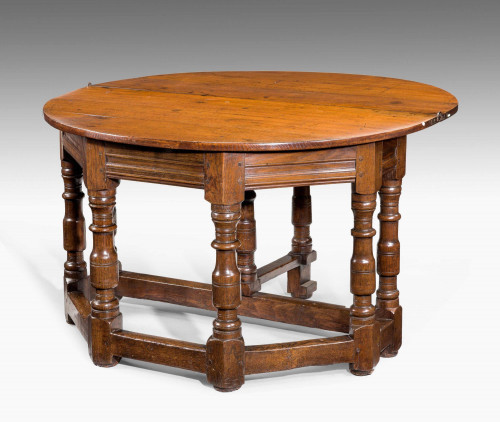 17th Century Credence Table