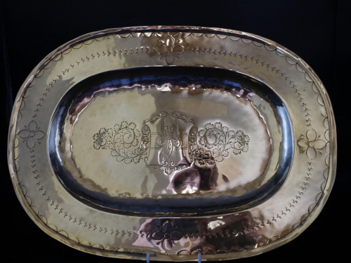 An Early 18th Century Oval Brass Charger