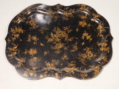 A Late 19th Century Serpentine Sided Toleware Tray