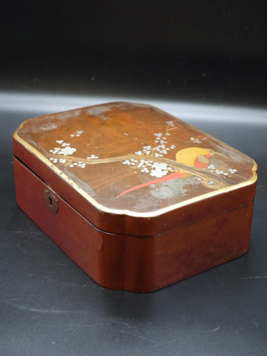 An Early 20th Century Japanese Lacquer Box