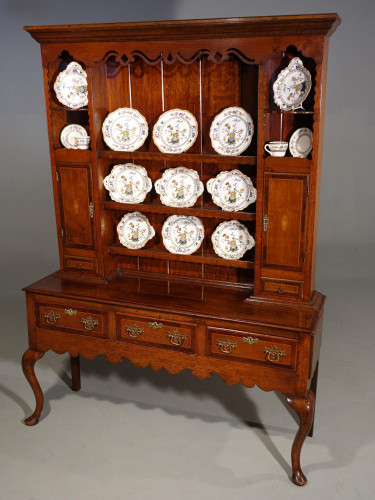 A Fine Quality Late 18th Century Oak Dresser and Rack
