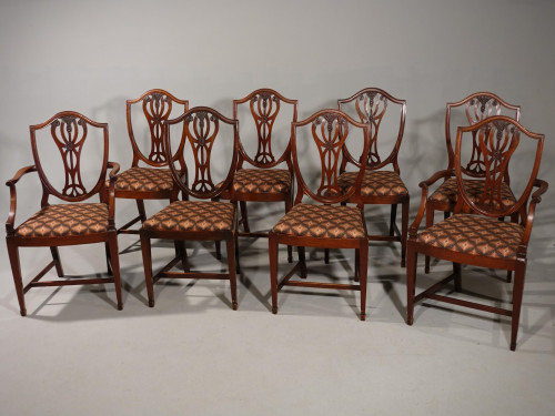 An Elegant Set of 8 Mid 20th Century Hepplewhite Shield Backed Chairs