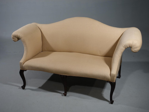An Elegant Early 20th Century Sofa