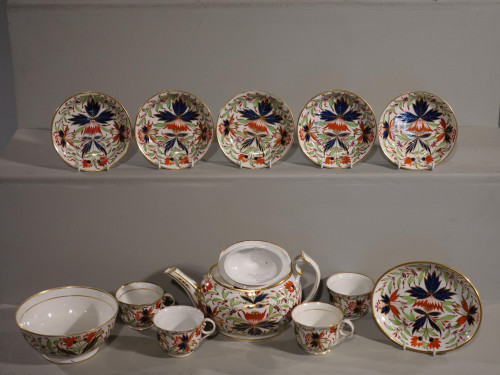 15 Pieces of Chamberlains Worcester Porcelain