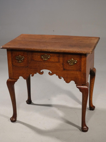 A Very Attractive Mid 18th Century Oak 2-Drawer Lowboy