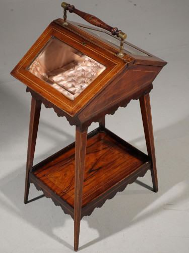 A Extremely Pretty 19th Century Rosewood and Marquetry Ladies Work Table