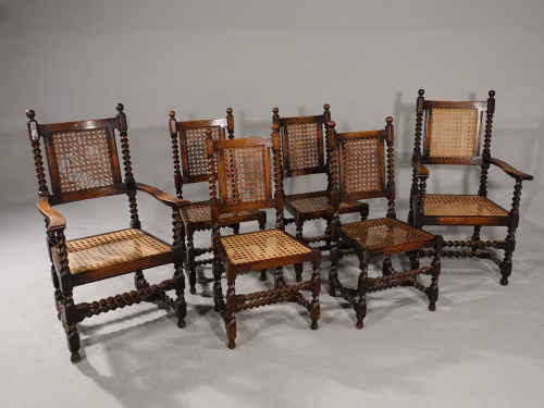 An Attractive Set of 6 (4+2) Early 20th Century Jacobean Style Chairs in Oak