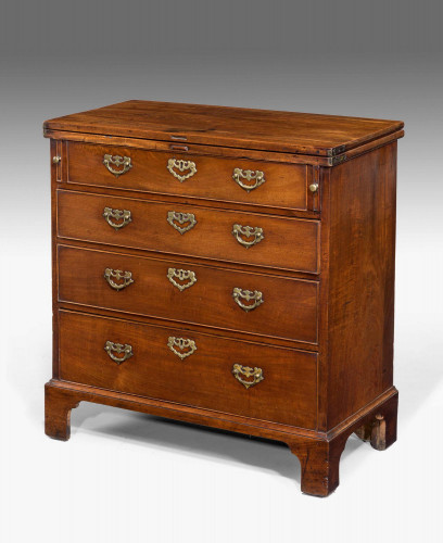 Chippendale Period Mahogany Bachelors Chest